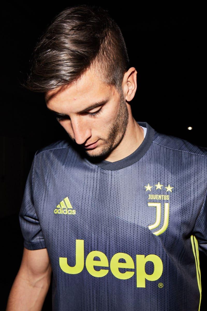 Juventus Third Kit adidas x Parley 2018/19