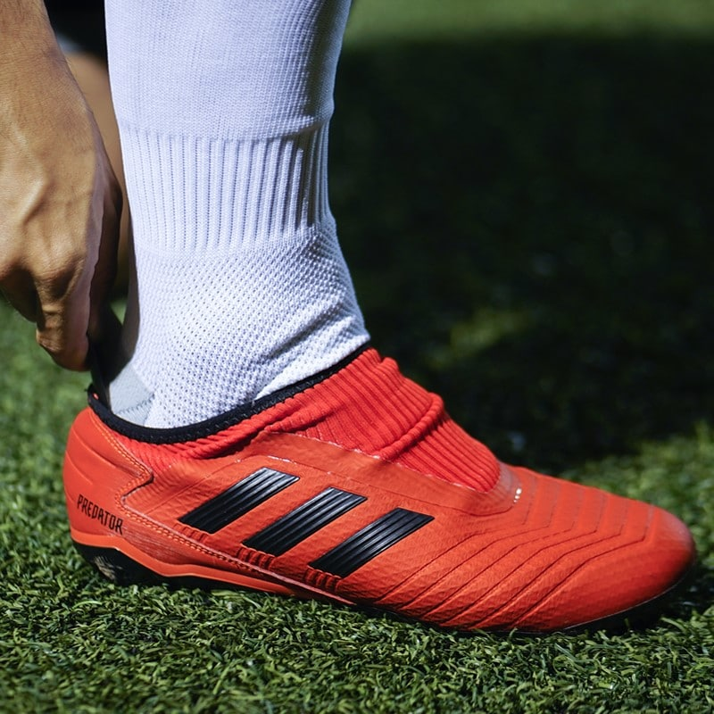 The first ever Laceless Takedown boot - adidas Predator 19.3