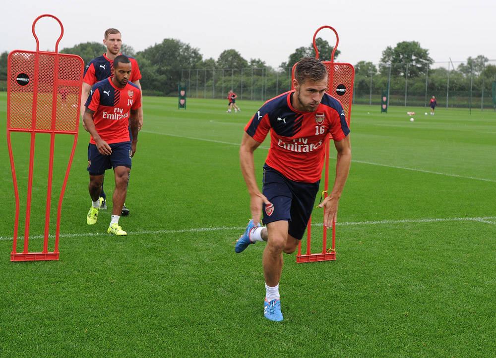 Arsenal training kit 15/16