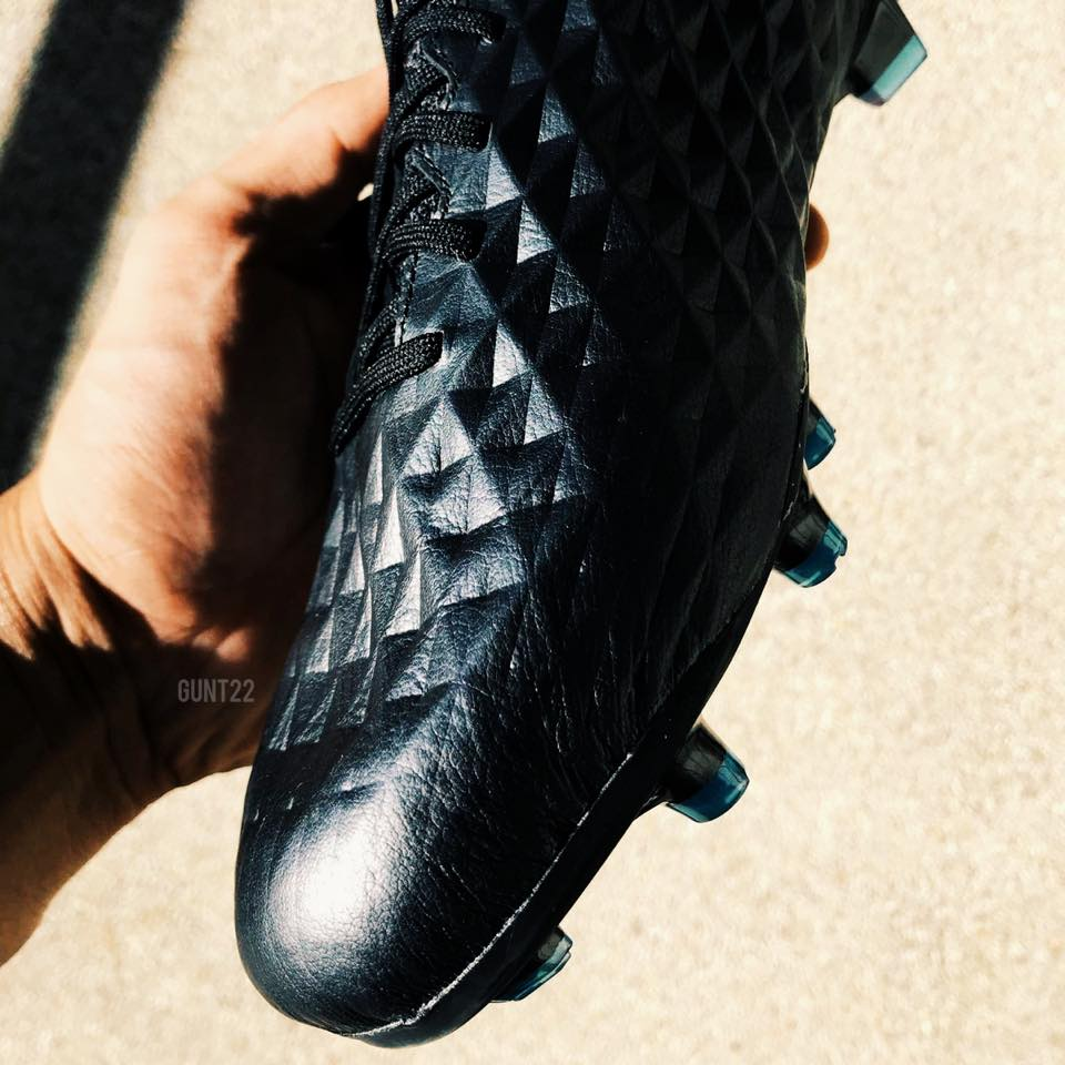 check out dd8ba aeb48 First Impressions: Nike Tiempo Legend 8 - BOOTHYPE