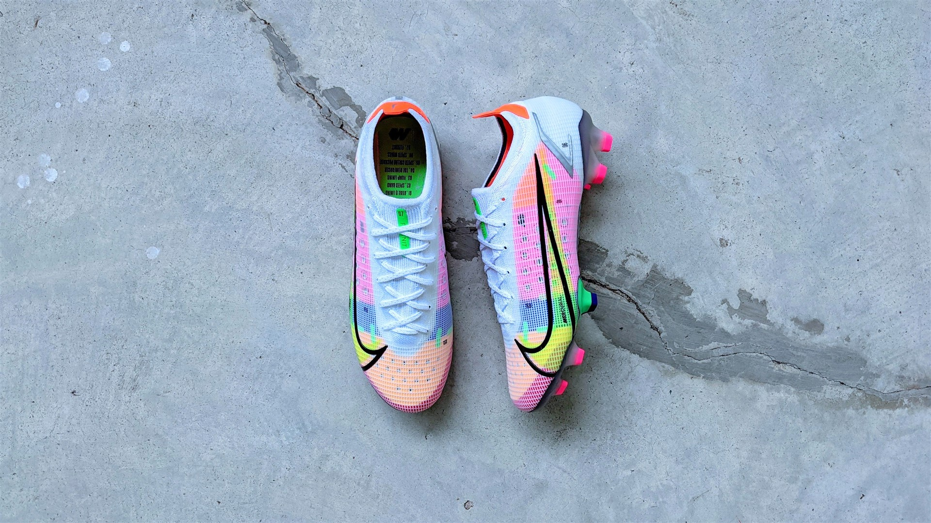 Nike Mercurial Vapor 14 football boots soccer cleats