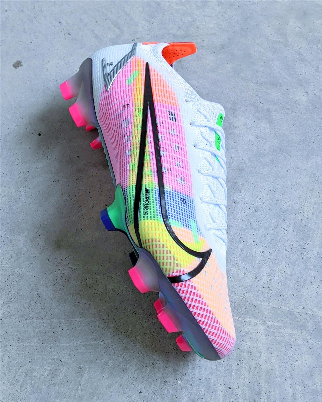 Nike Mercurial Vapor 14 football boots soccer cleats